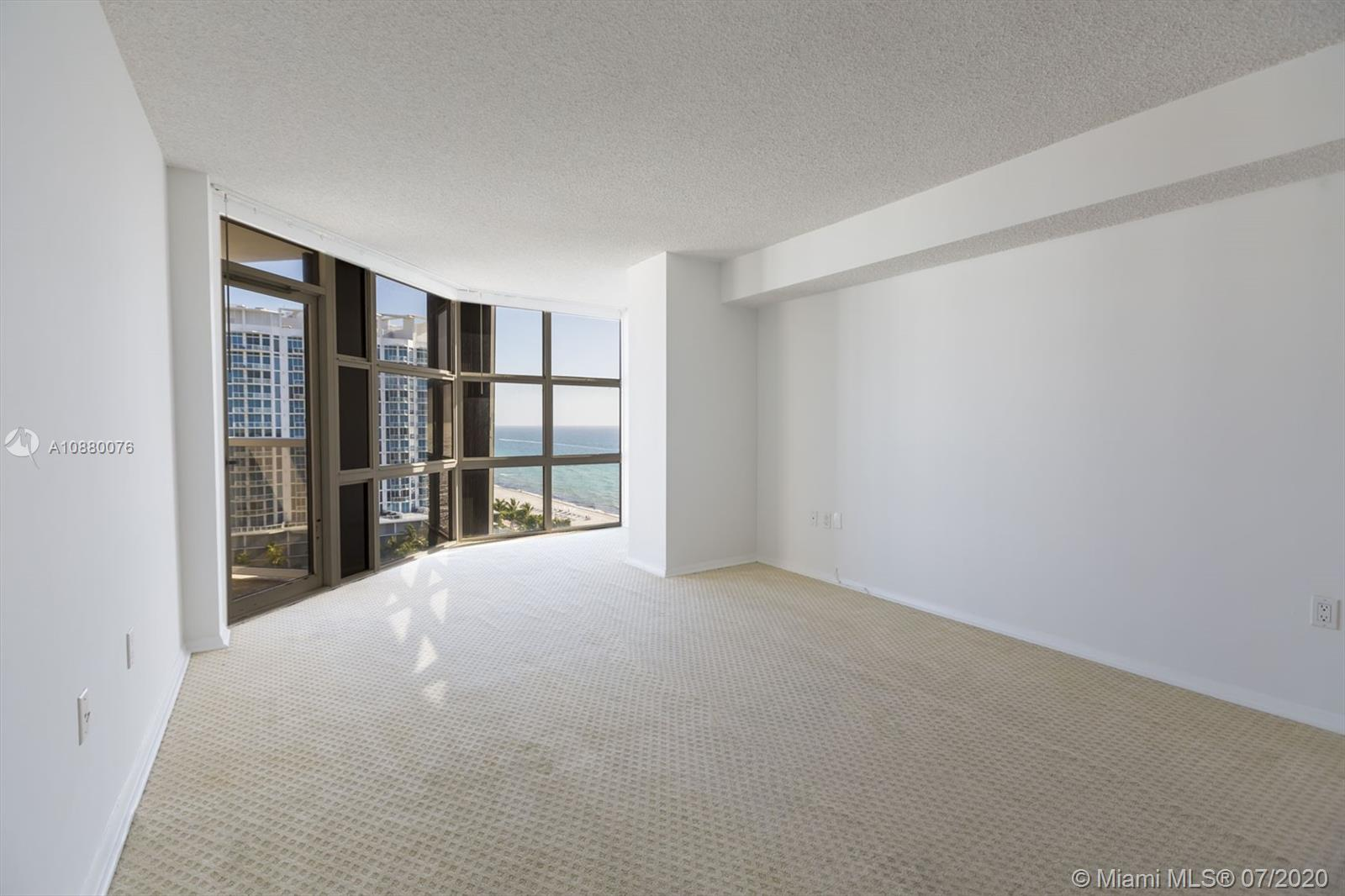 6423 Collins Ave #1509 photo015