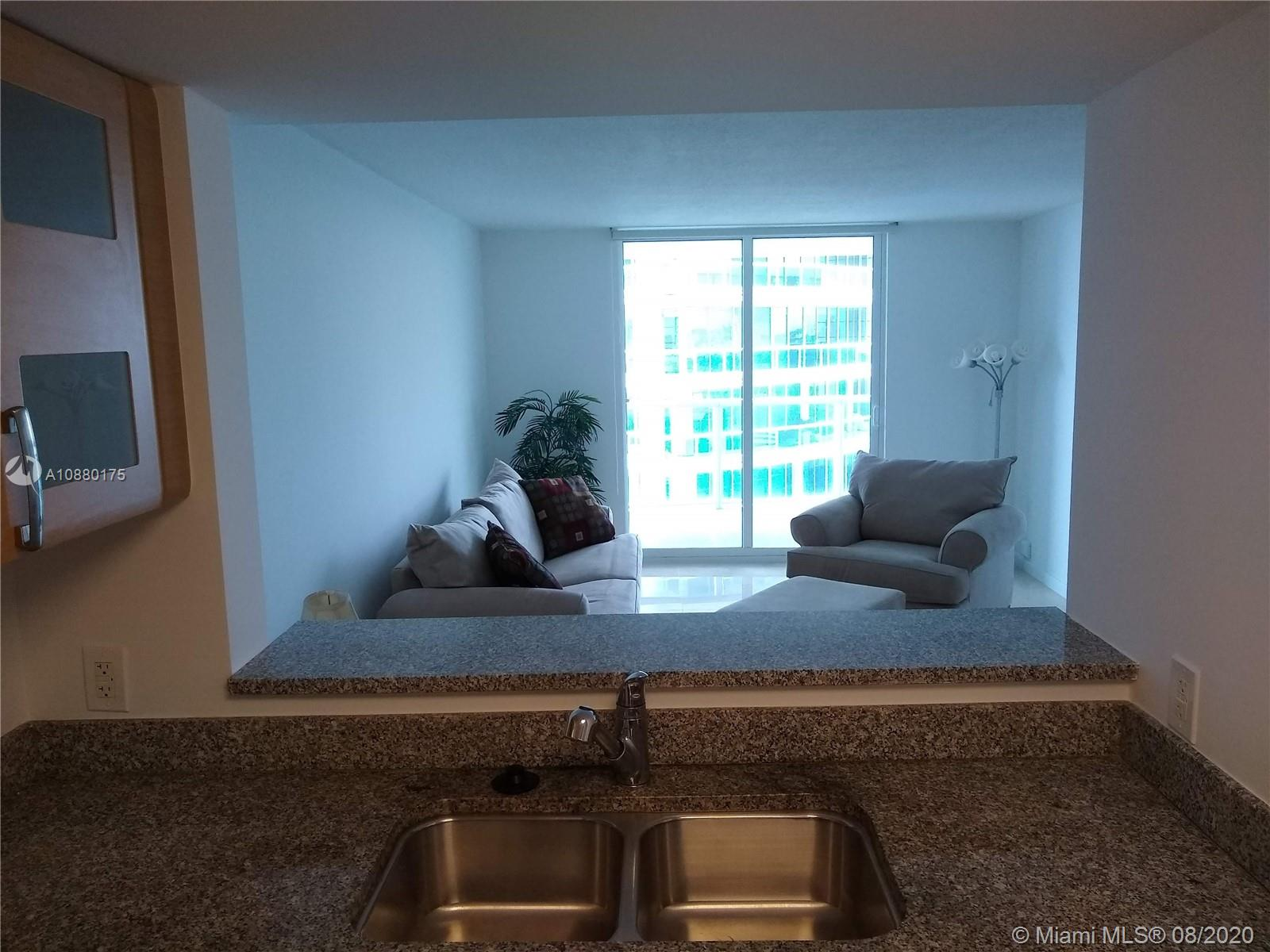 2101 Brickell Ave #909 photo05