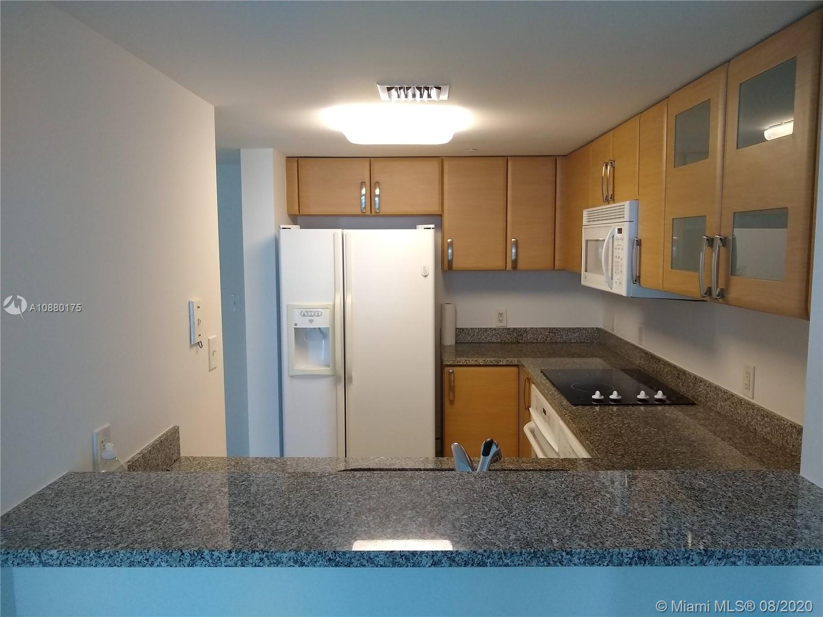 2101 Brickell Ave #909 photo04