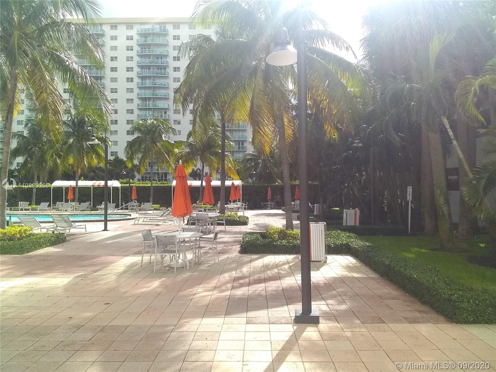 19380 Collins Ave #211 photo02