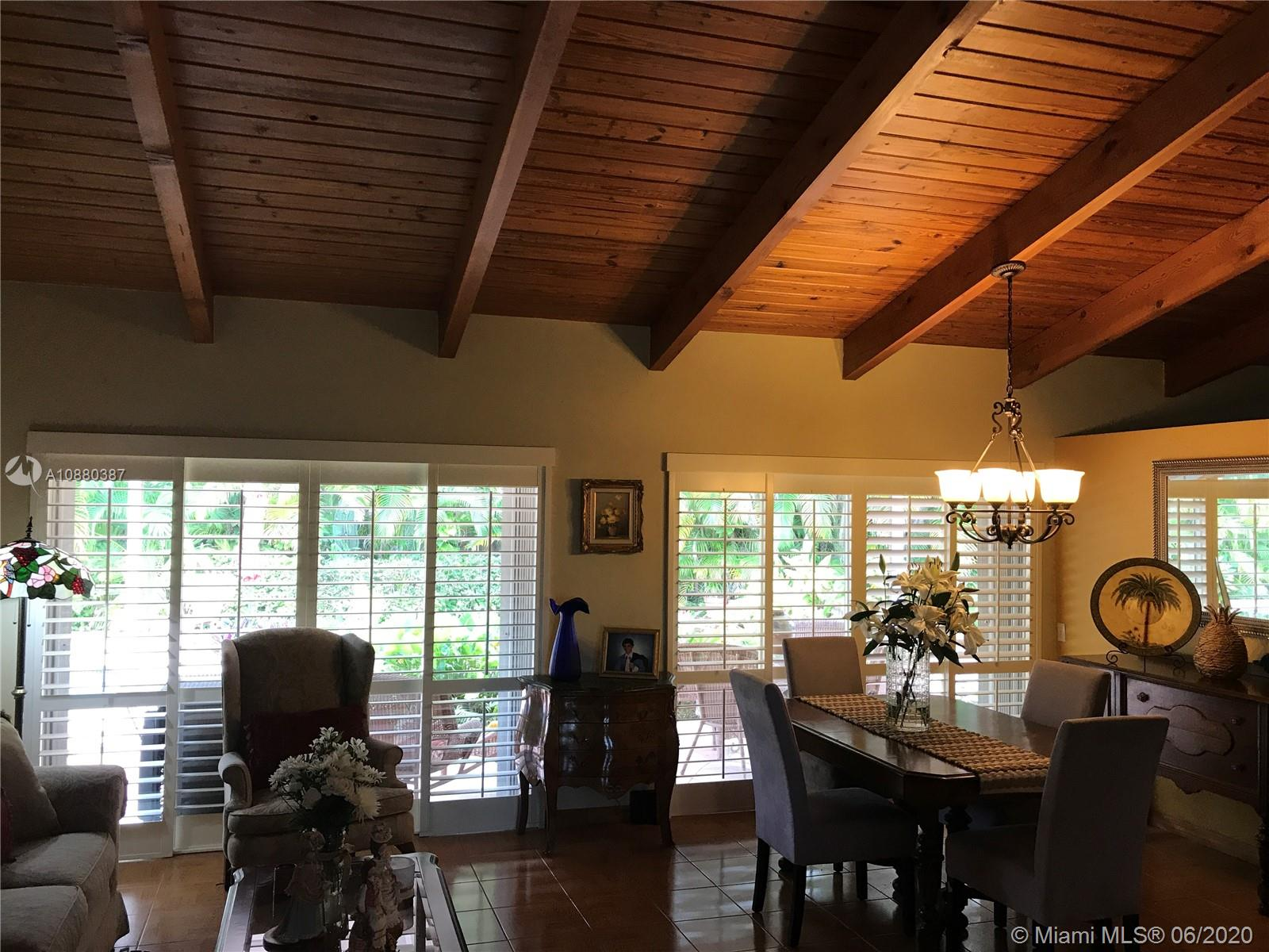 9211 E Calusa Club Dr photo01