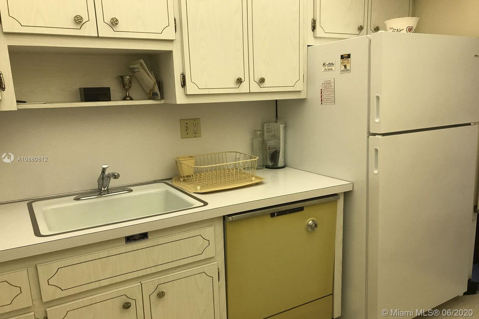 500 Bayview Dr #317 photo04