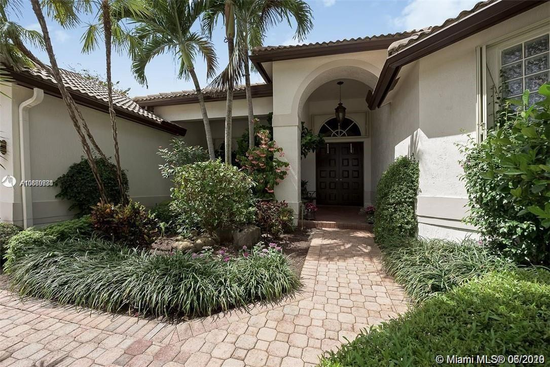Property for sale at 2538 Montclaire Ct, Weston,  Florida 33327