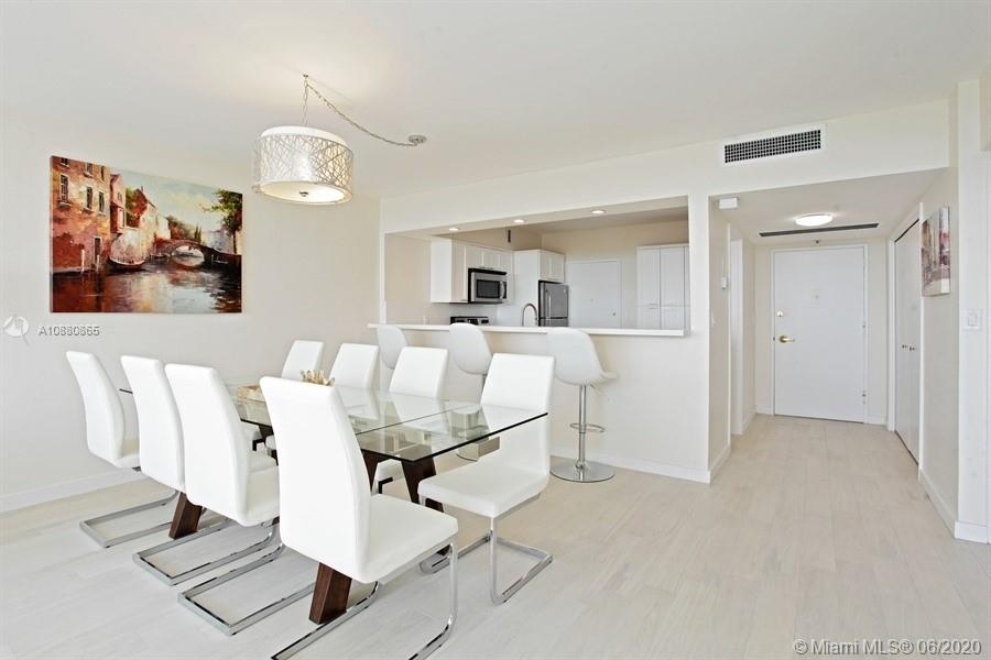 5700 Collins Ave #14E photo03