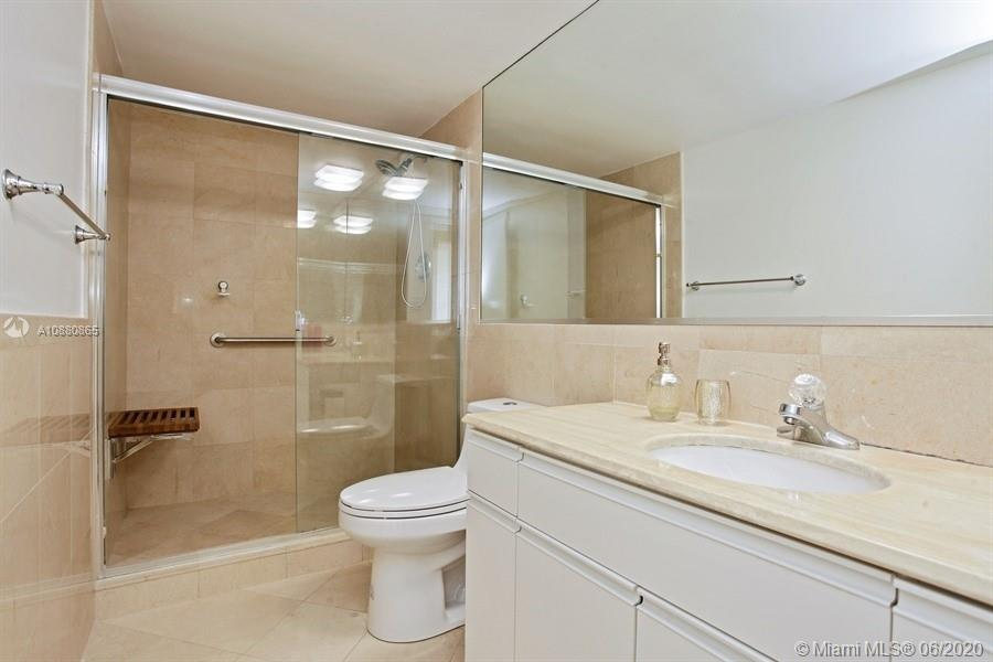5700 Collins Ave #14E photo09