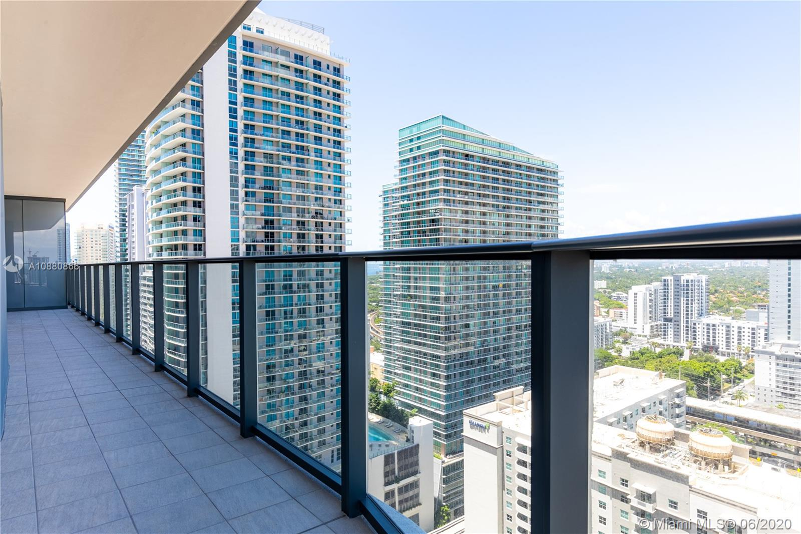 Photo of 1000 Brickell Plz #2712 listing for Sale