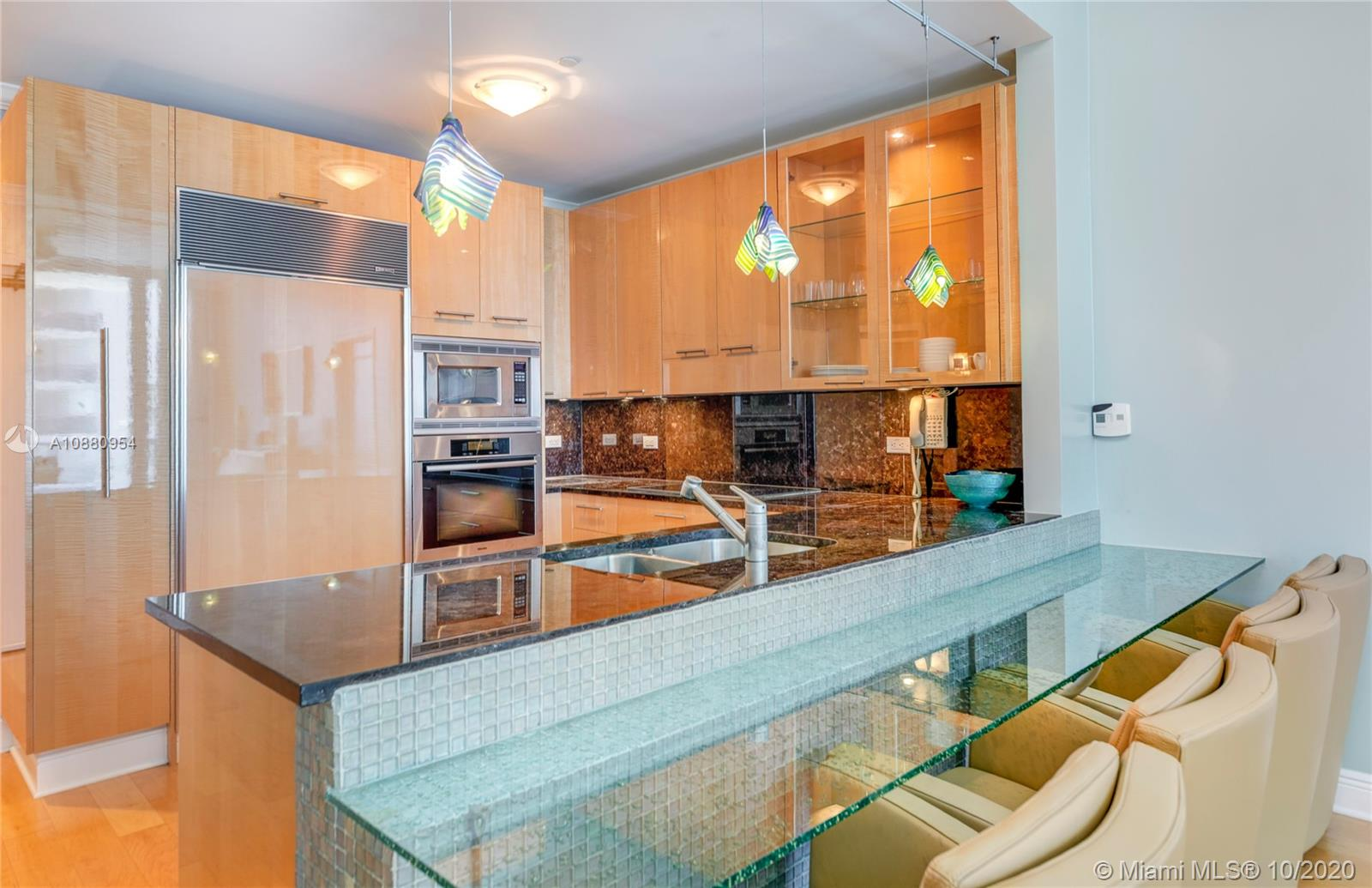 6799 Collins Ave #210 photo07