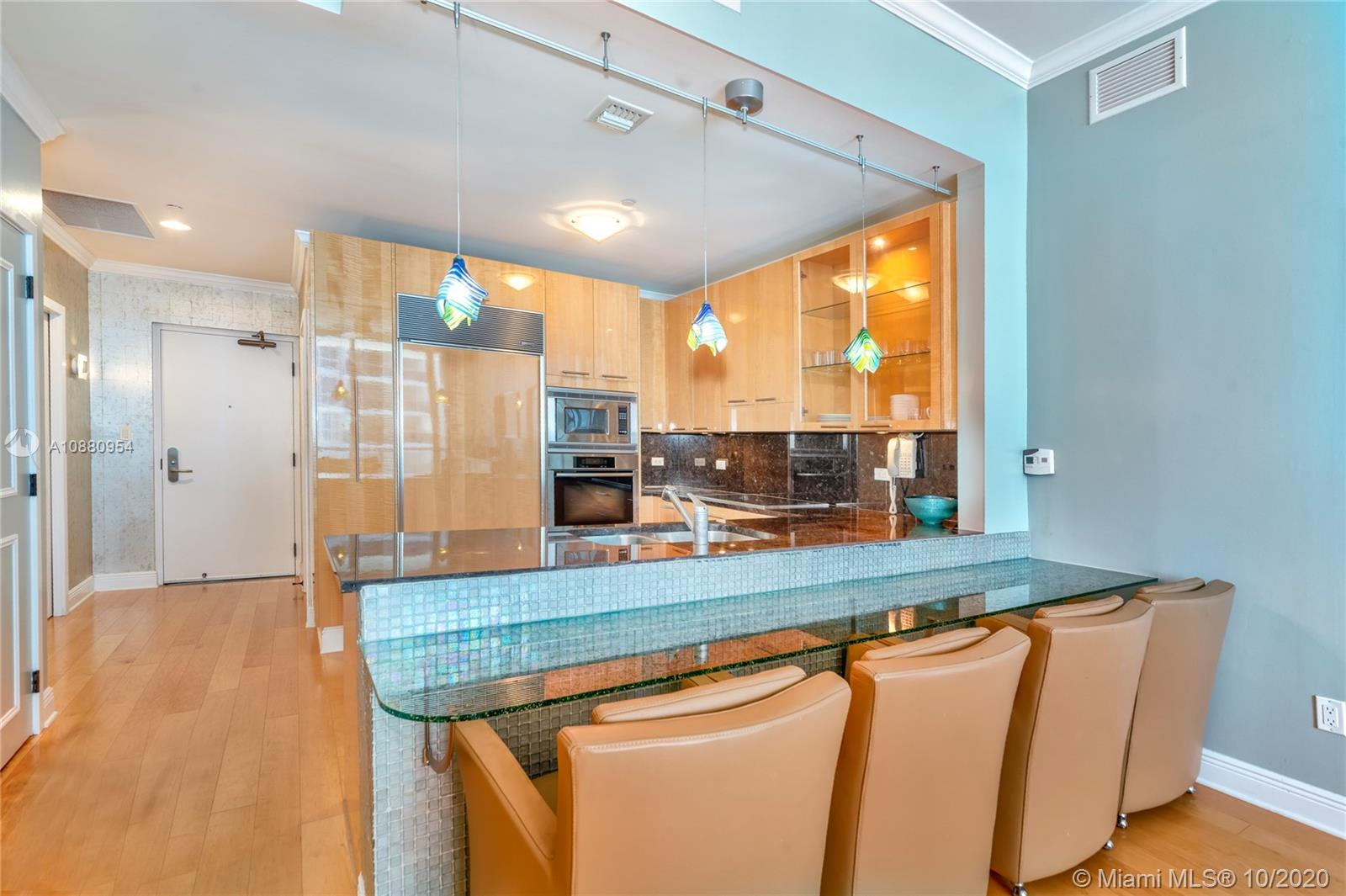 6799 Collins Ave #210 photo08