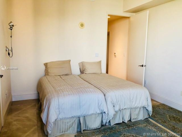Photo of 16001 Collins Ave #904 listing for Sale