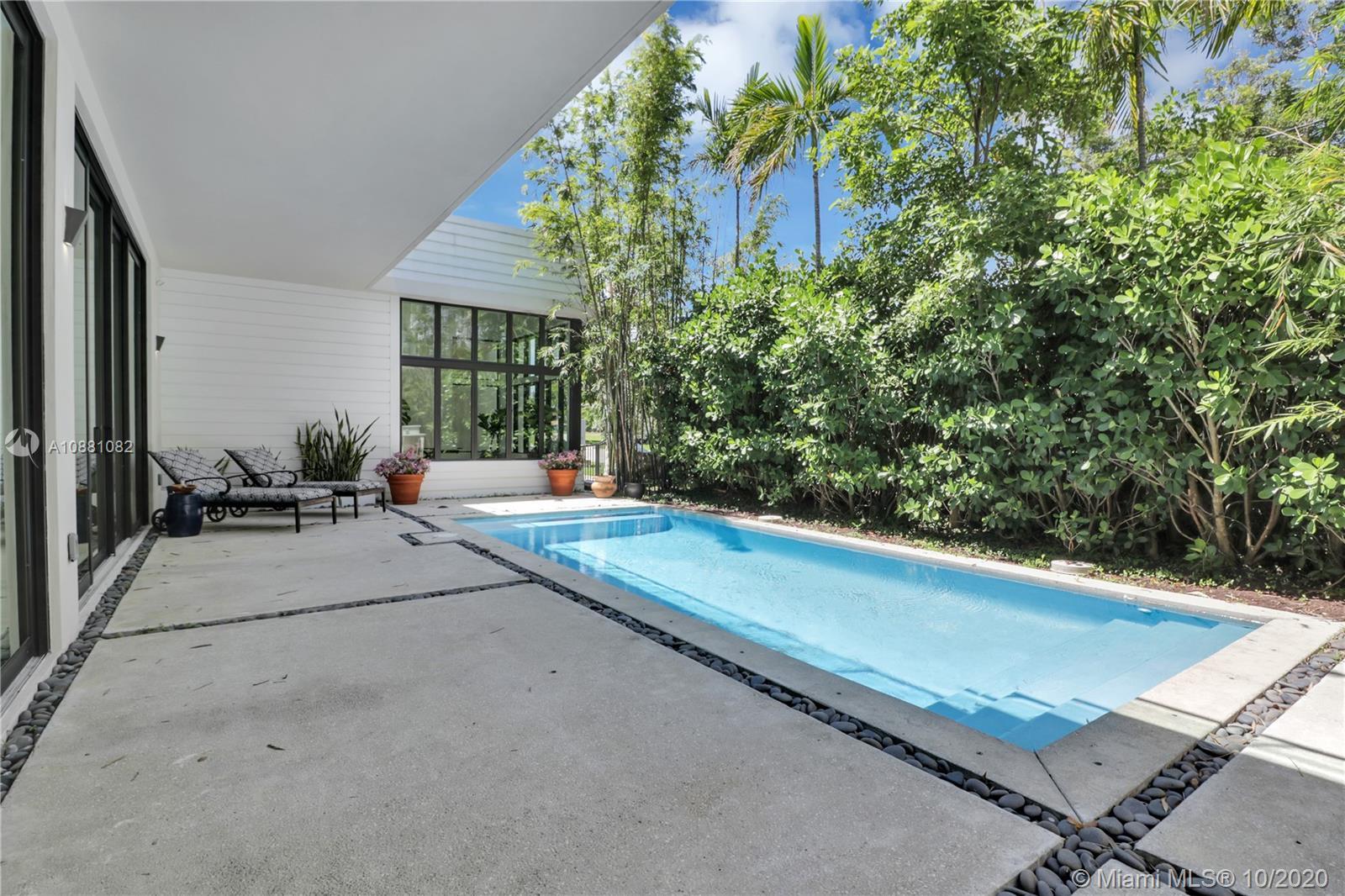 2140 S Miami Ave photo018