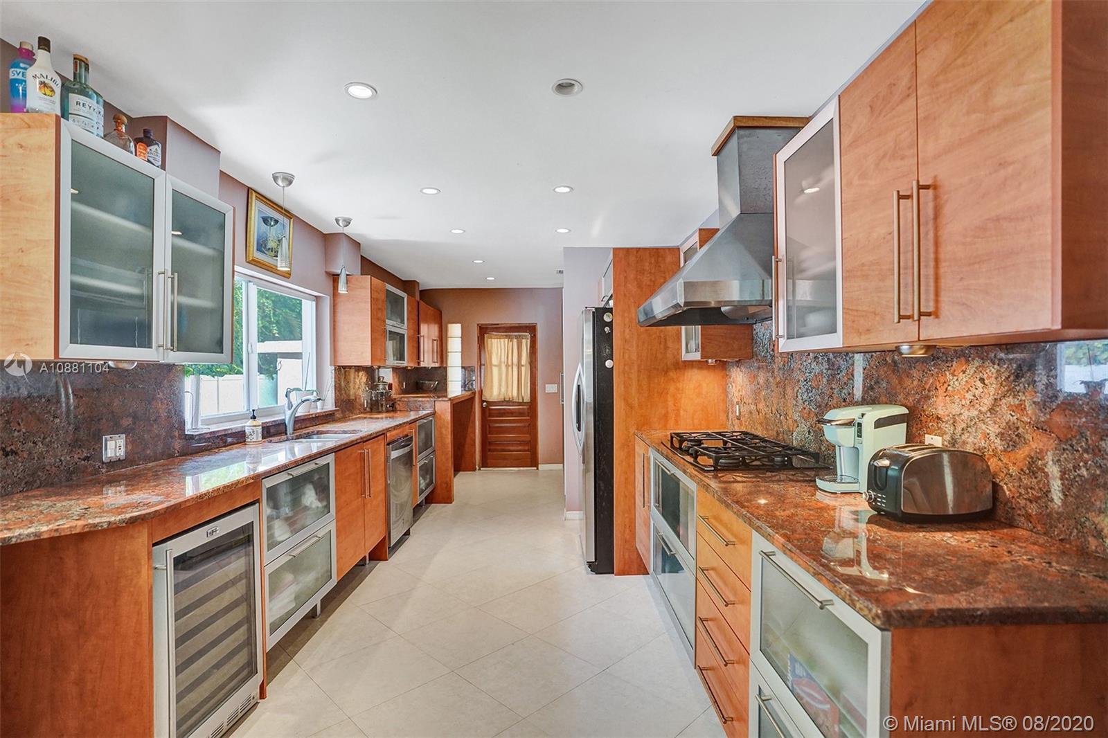 Brickell Estates # - 18 - photo