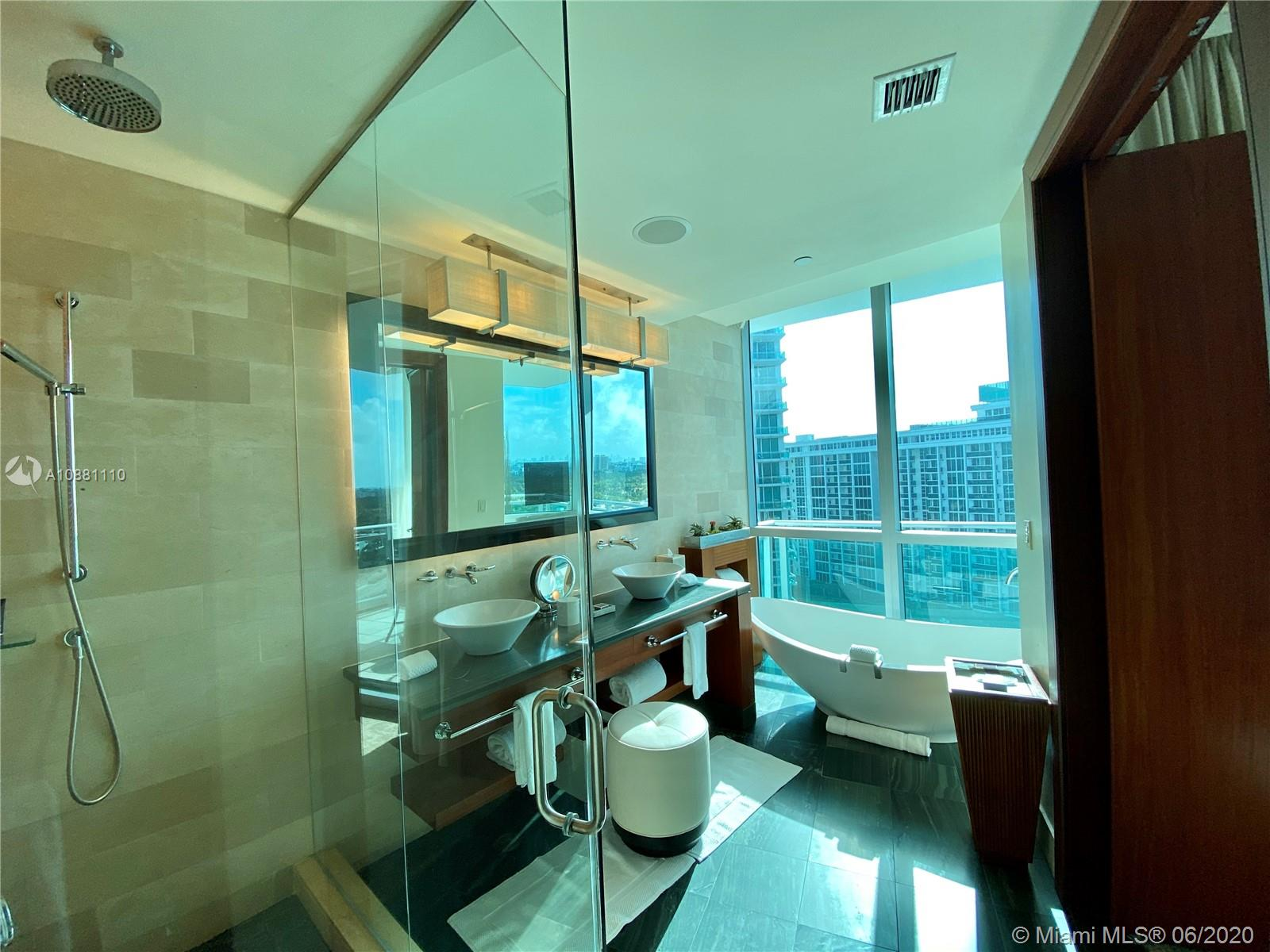 10295 Collins Ave #910 photo012