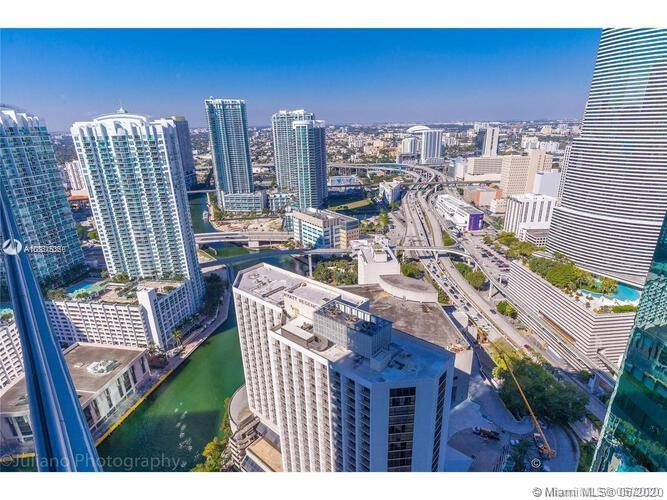 Photo of 200 BISCAYNE BOULEVARD WAY #3812 listing for Sale