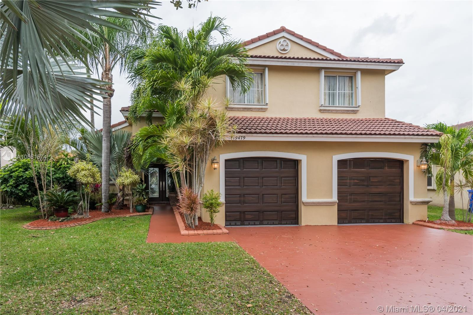 Property for sale at 19479 NW 24th Pl, Pembroke Pines,  Florida 33029