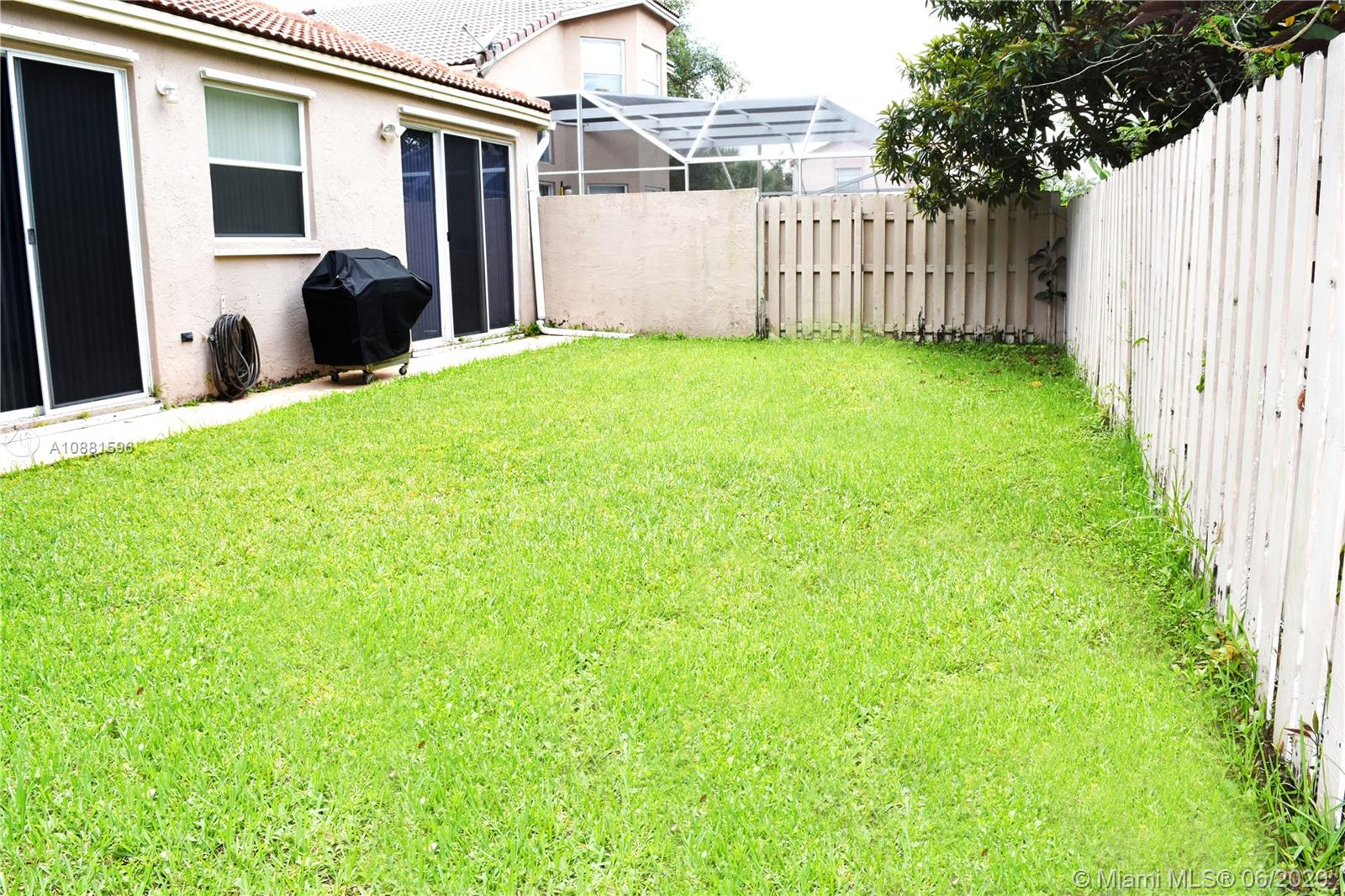383 NW 152nd Ln photo072