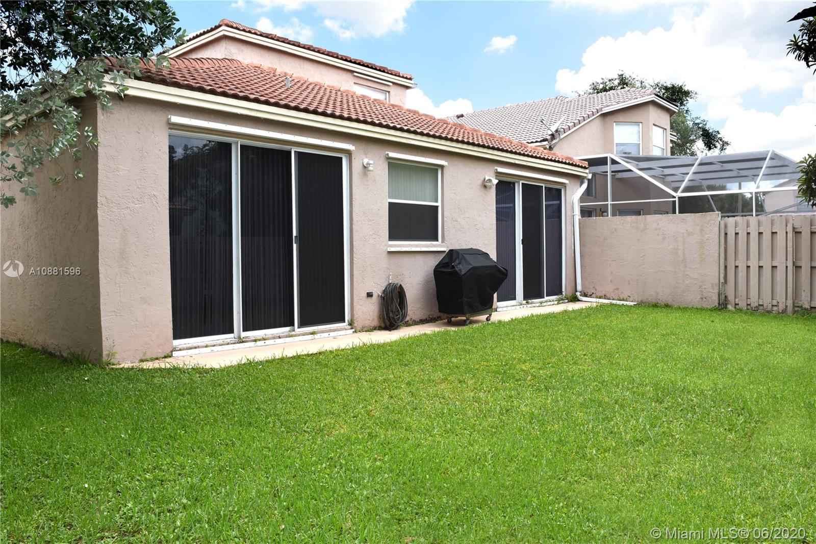 383 NW 152nd Ln photo071