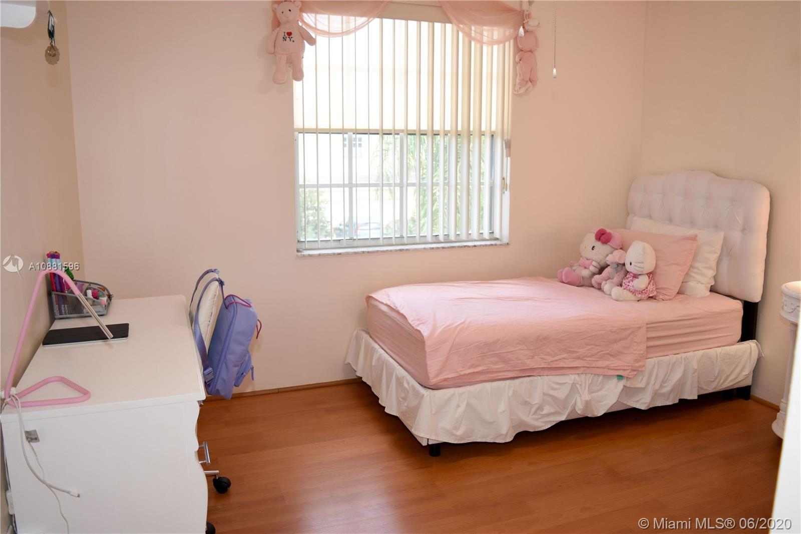 383 NW 152nd Ln photo061