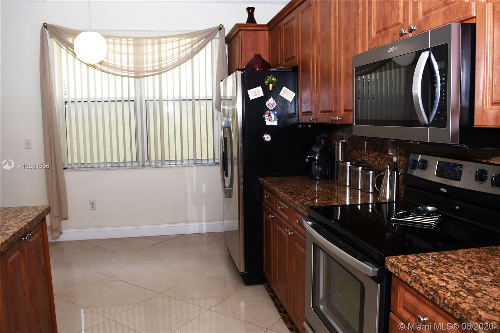 383 NW 152nd Ln photo029