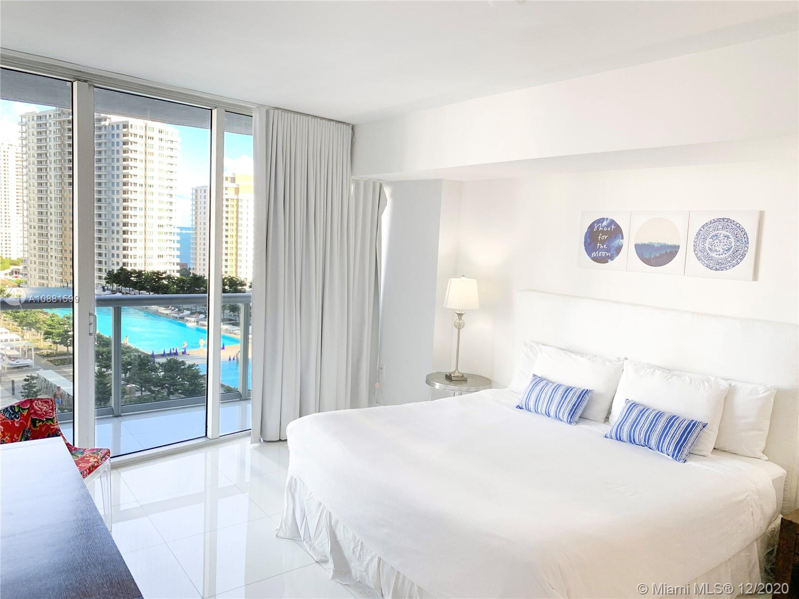 Photo of 485 Brickell Ave #1801 listing for Sale