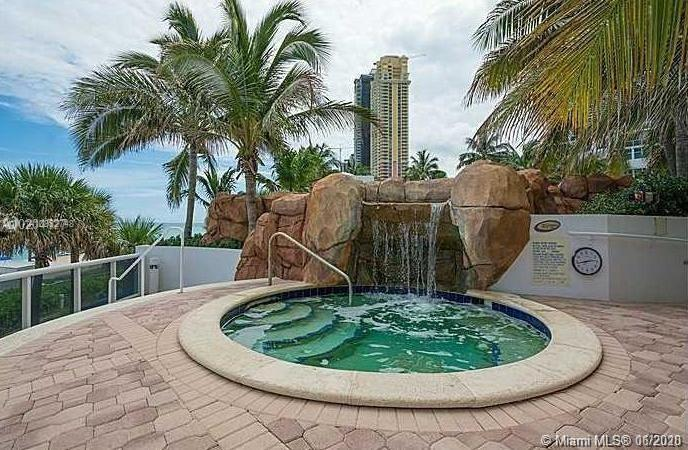 18101 Collins Ave #1207 photo012