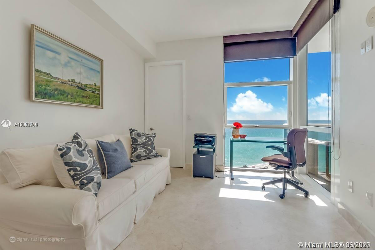 18101 Collins Ave #1207 photo09