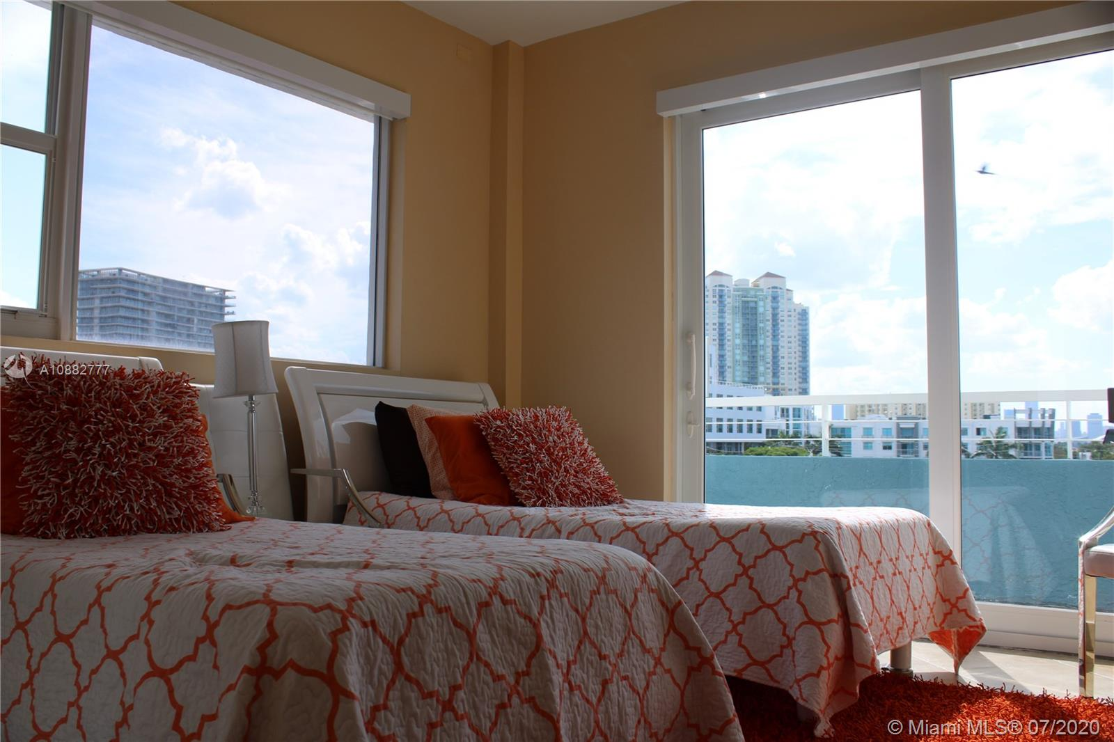 Photo of 200 Ocean Dr #6A listing for Sale