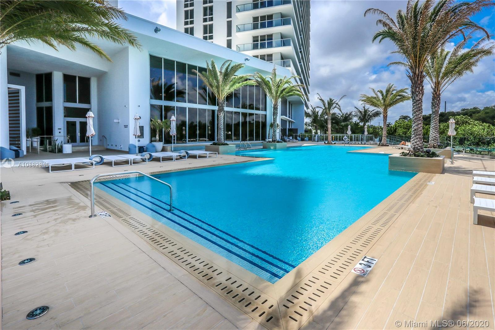 16385 Biscayne Blvd #619 photo020