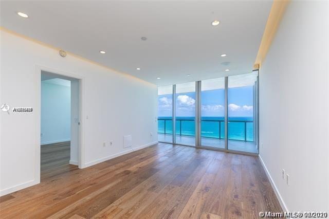17121 Collins Ave #1507 photo014