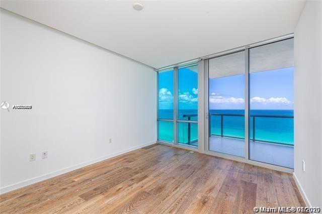 17121 Collins Ave #1507 photo011
