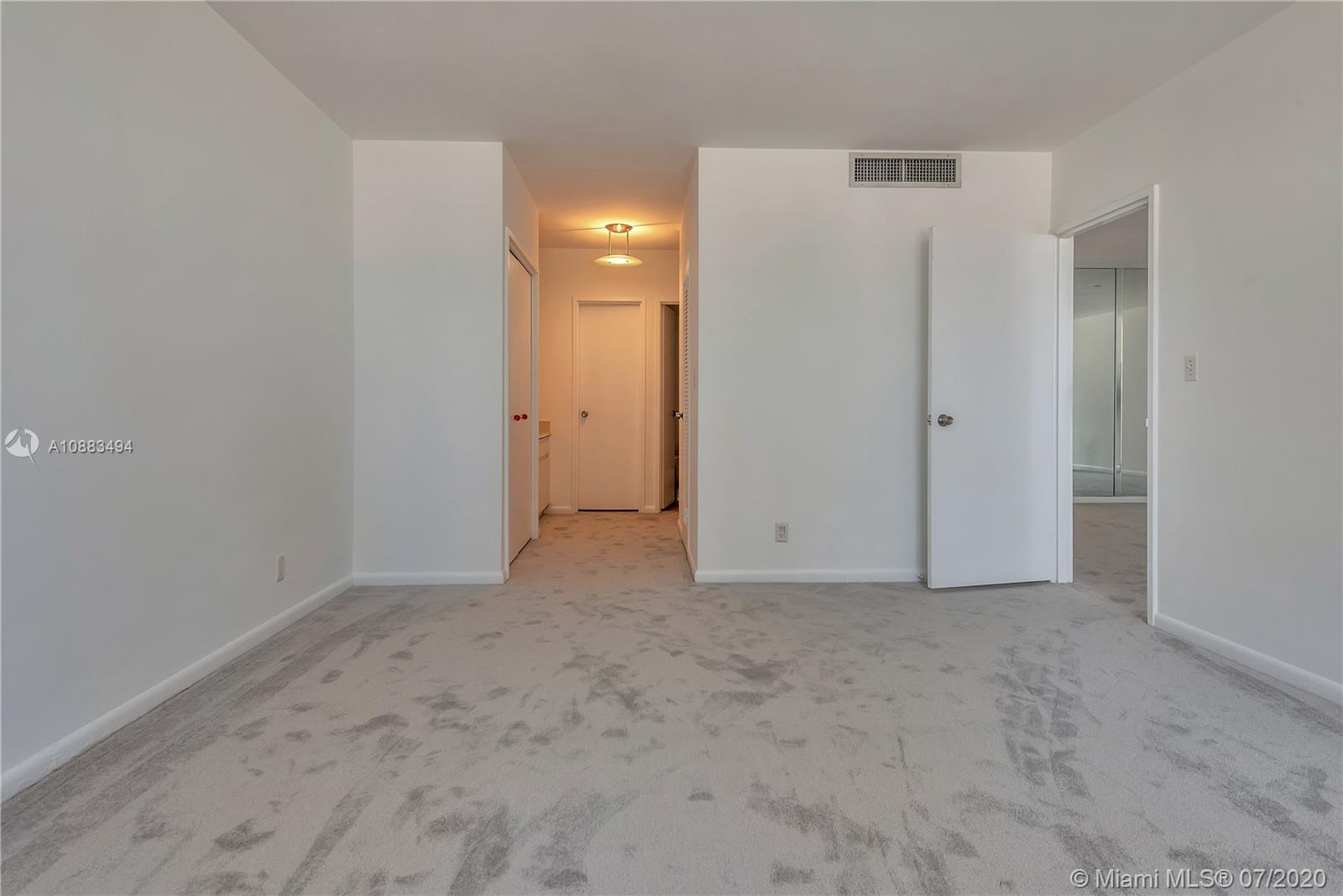 5700 Collins Ave #4N photo012