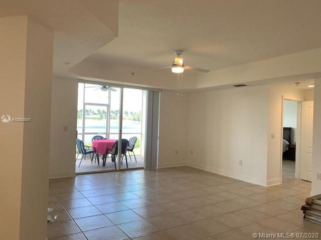 10730 NW 66th St #108 photo06