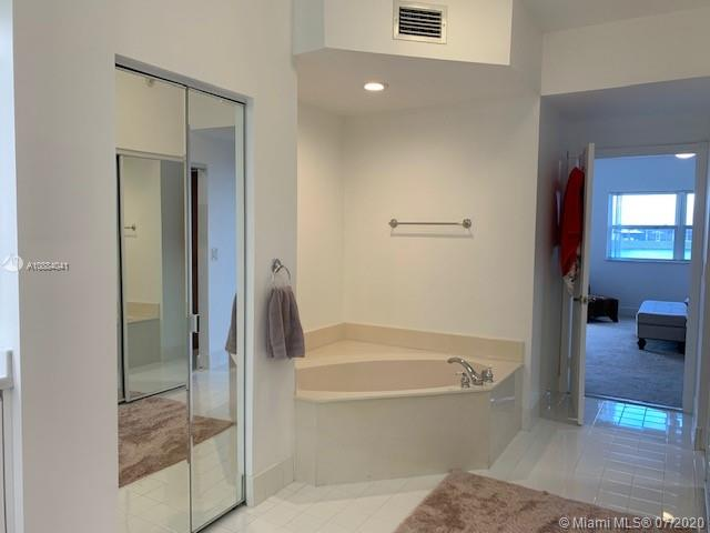 10730 NW 66th St #108 photo021