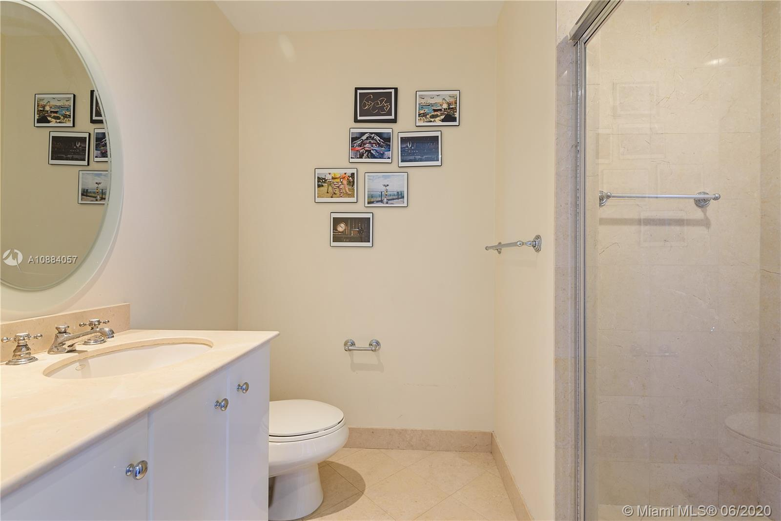 100 S Pointe Dr #2701 photo012