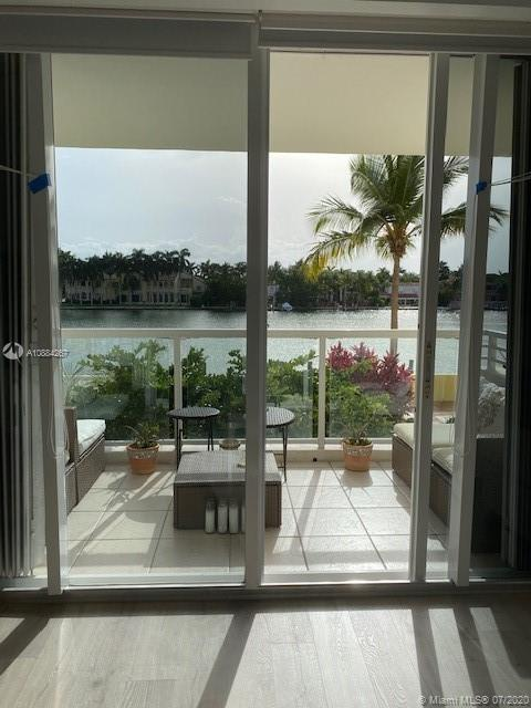 5600 Collins Ave #3G photo02