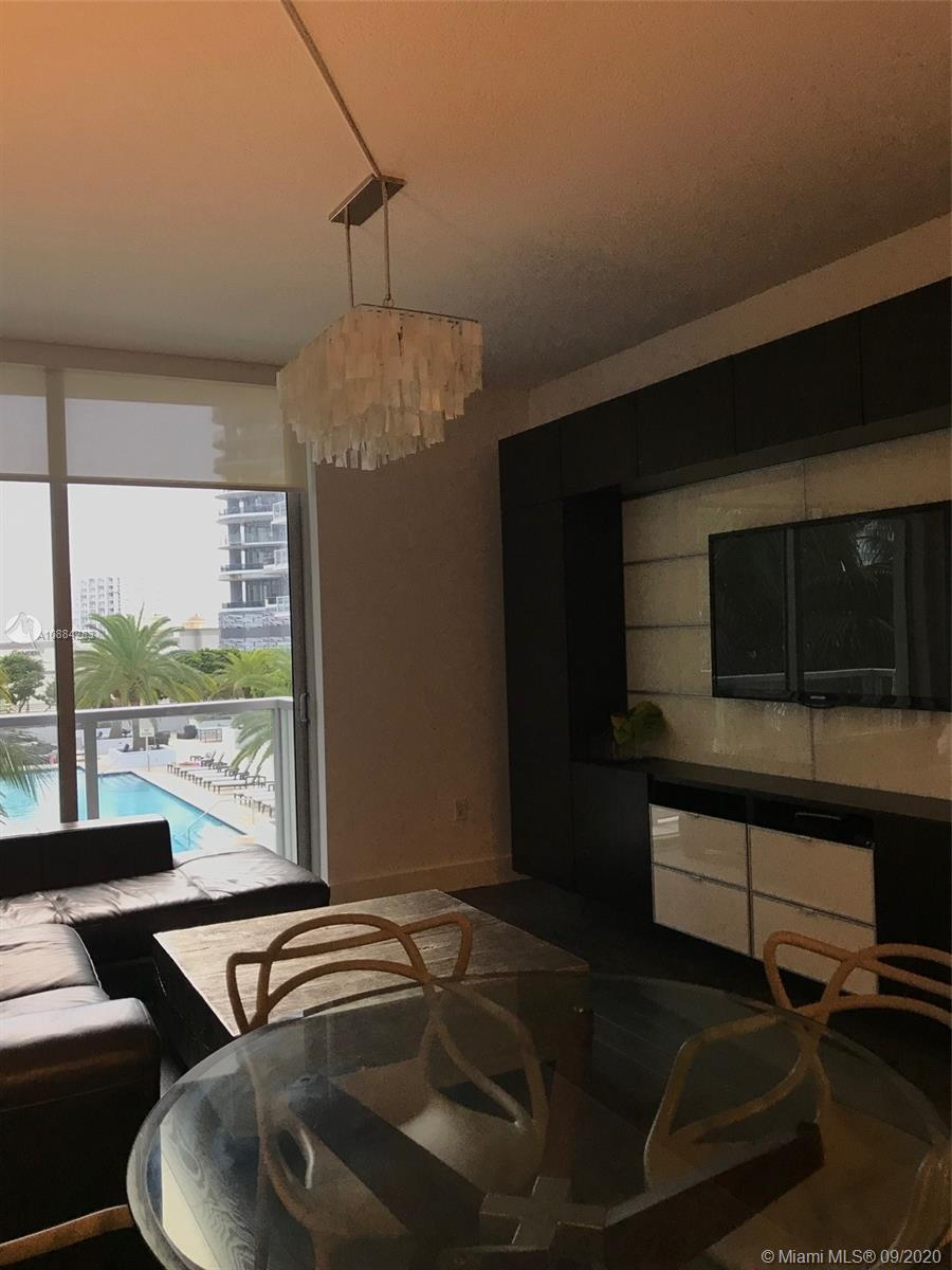 1060 Brickell West Tower #1411 - 1060 Brickell Ave #1411, Miami, FL 33131