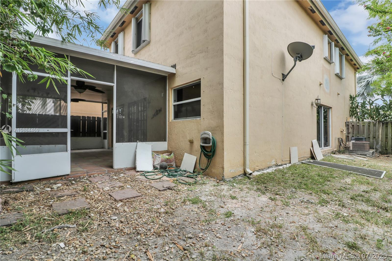 16143 SW 106th Ter photo023