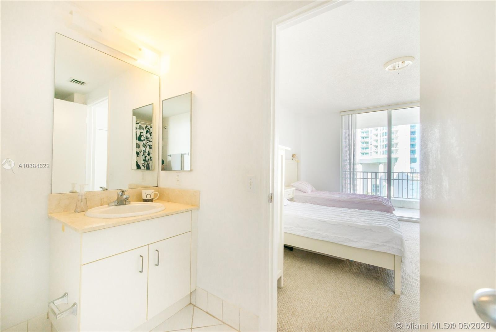 701 Brickell Key Blvd #1707 photo07