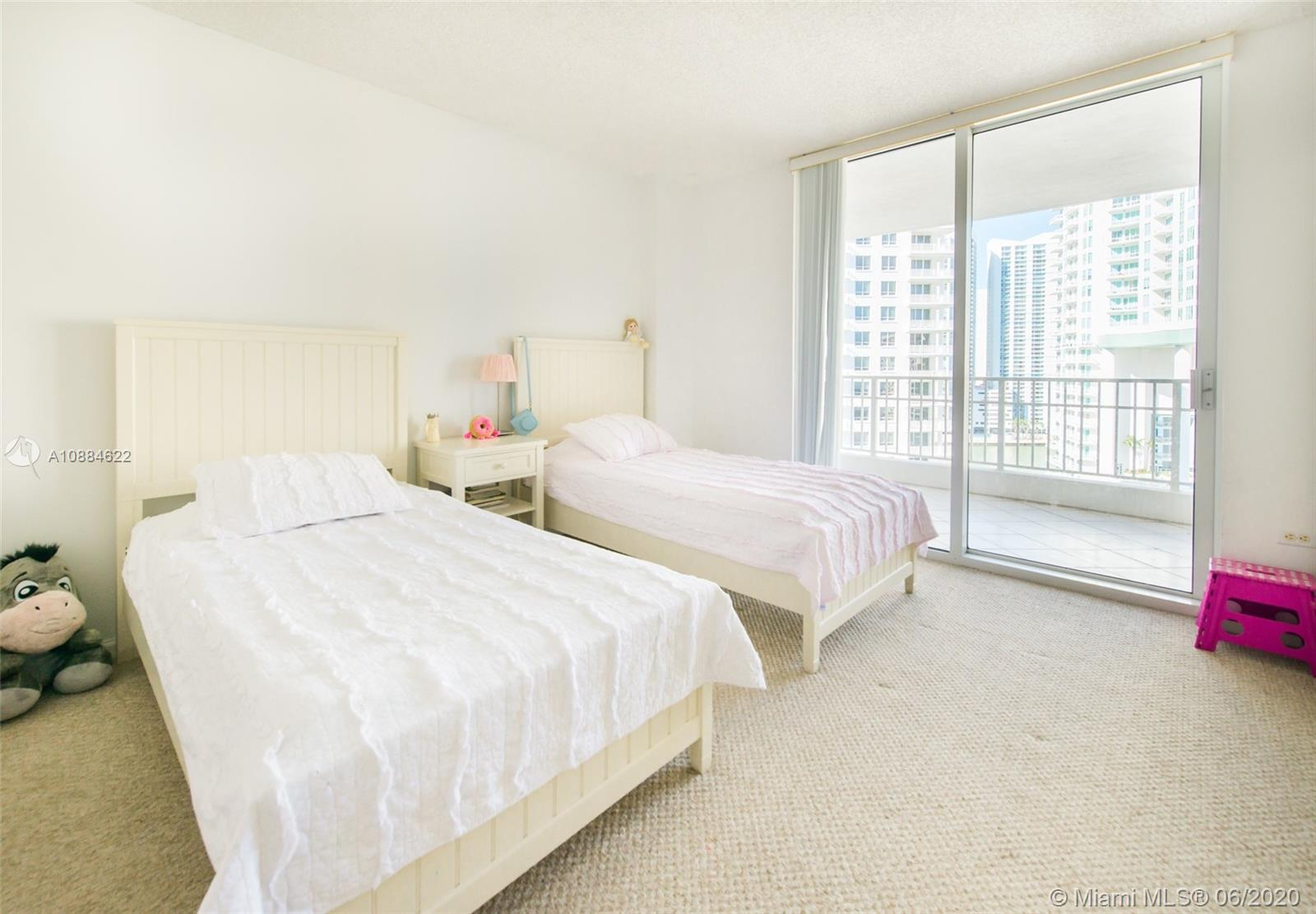 701 Brickell Key Blvd #1707 photo05