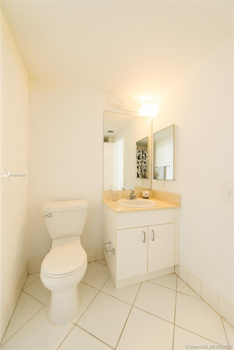 701 Brickell Key Blvd #1707 photo019
