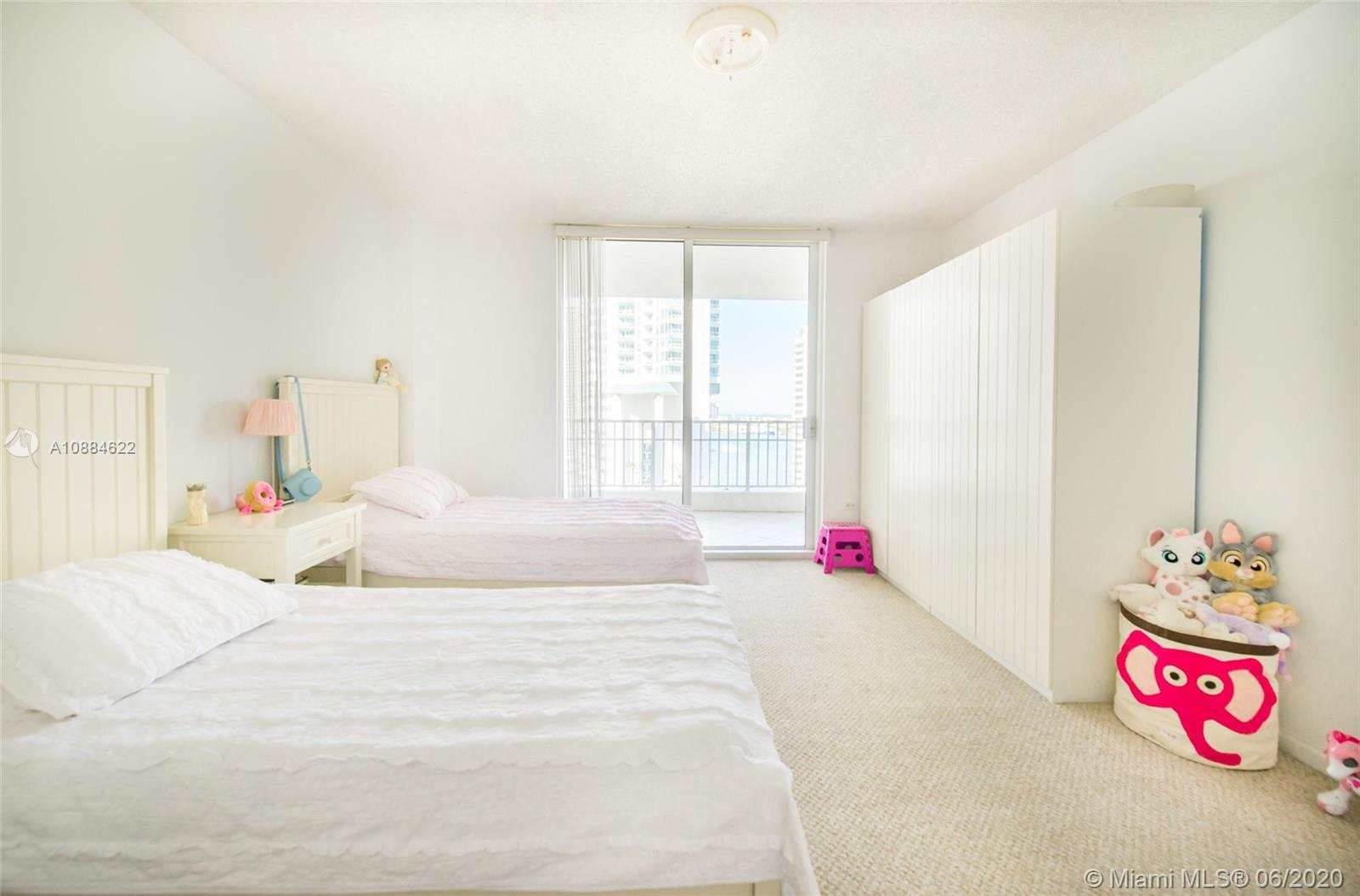 701 Brickell Key Blvd #1707 photo04