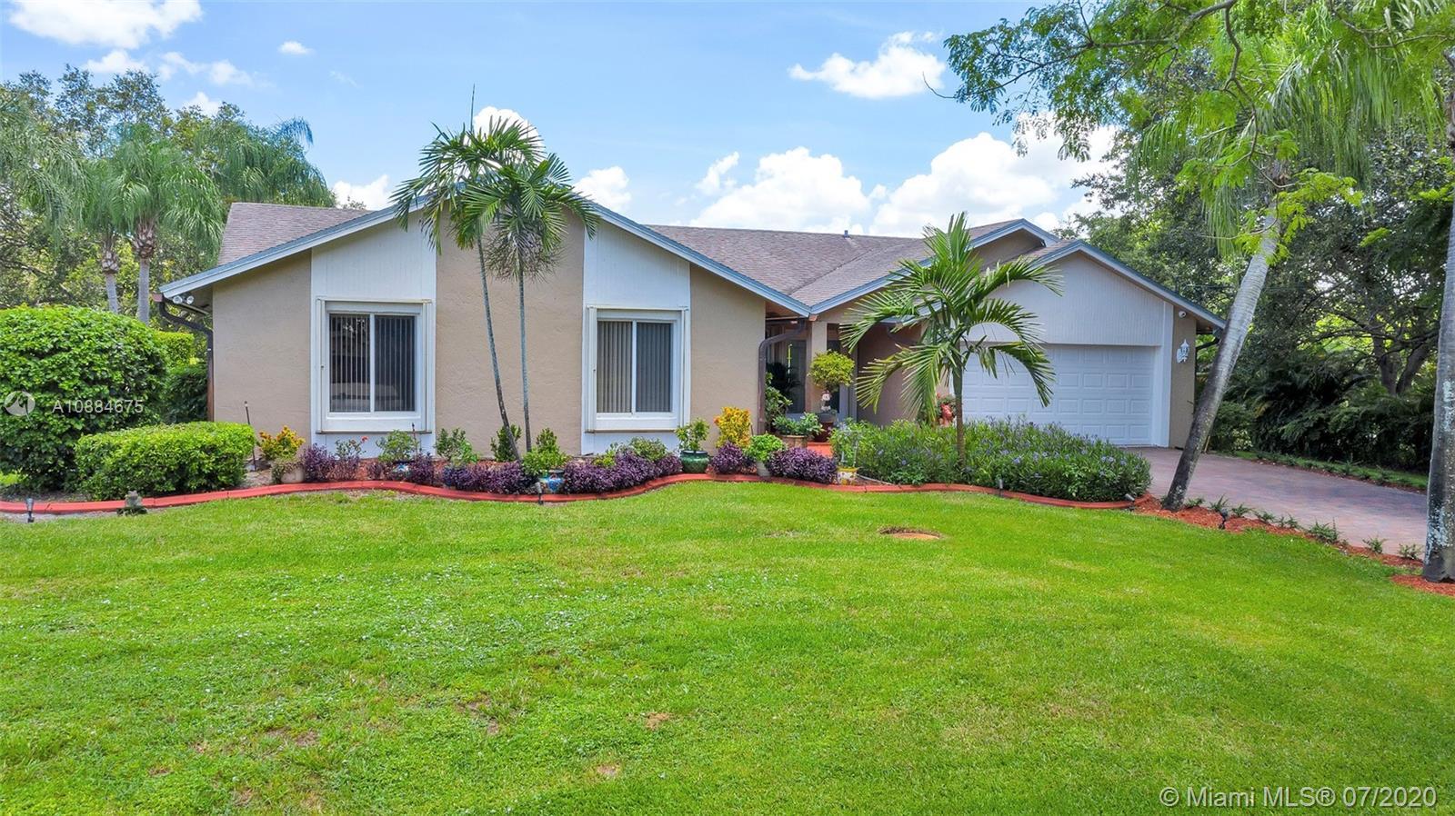 Property for sale at 14041 SW 22nd Pl, Davie,  Florida 33325