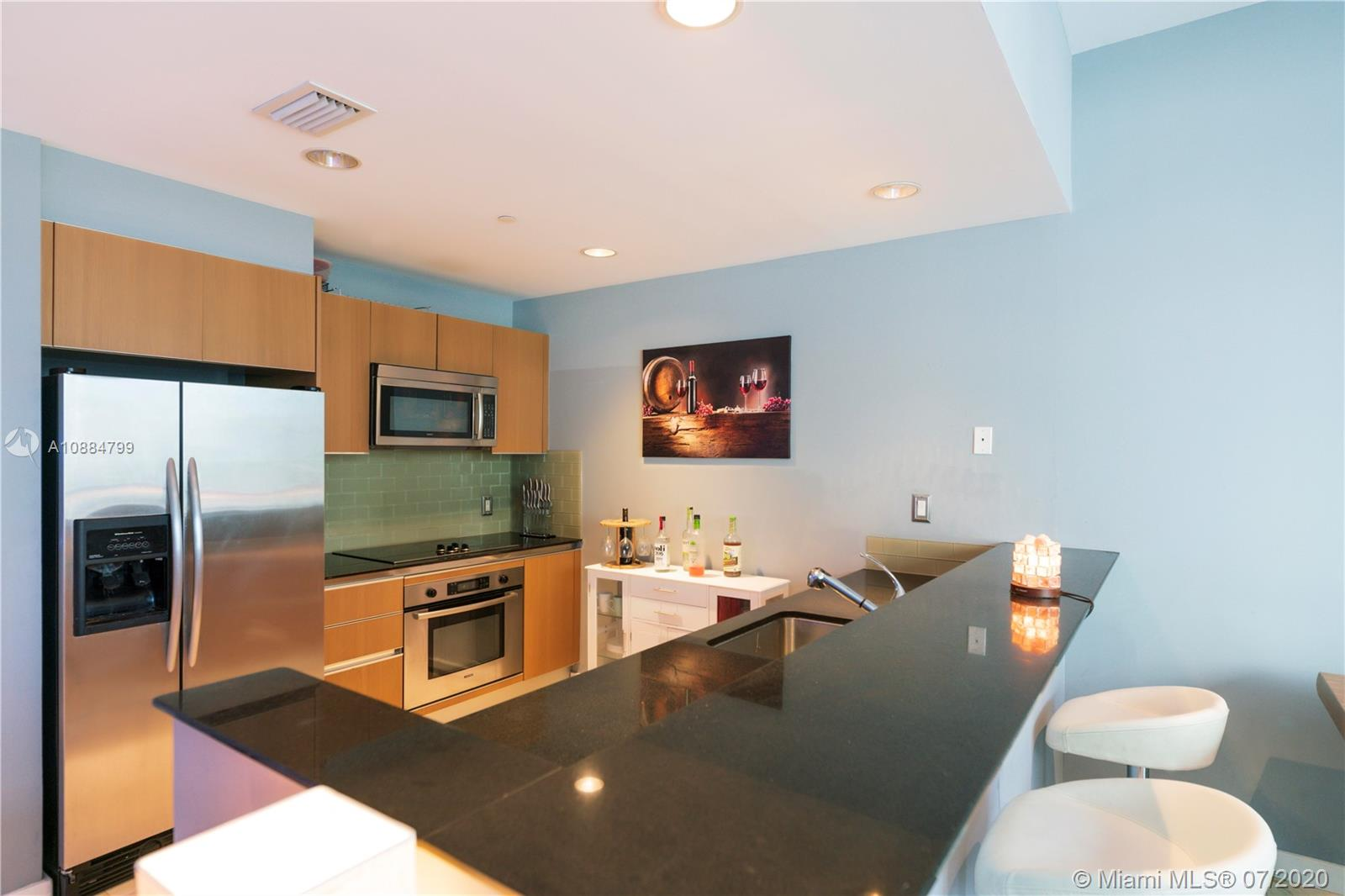1060 Brickell Ave #1209 photo06