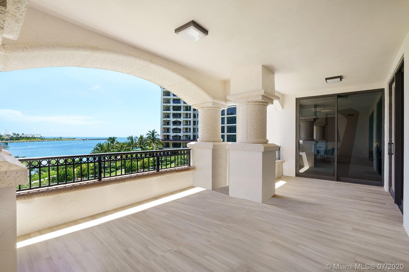 6835 Fisher Island Dr #6835 photo017