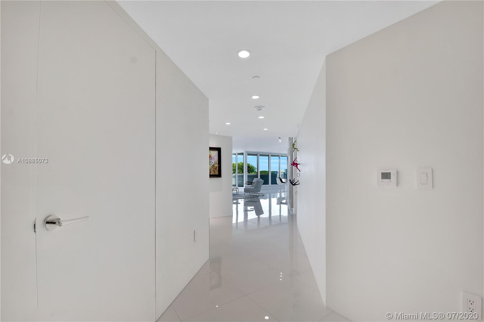 16711 Collins Ave #608 photo013
