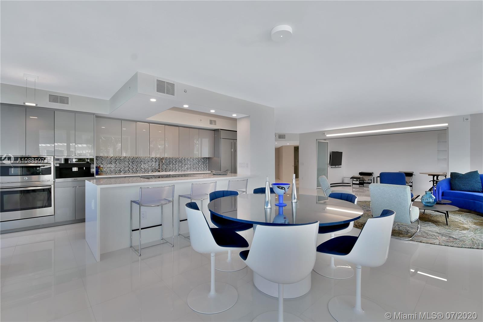16711 Collins Ave #608 photo05