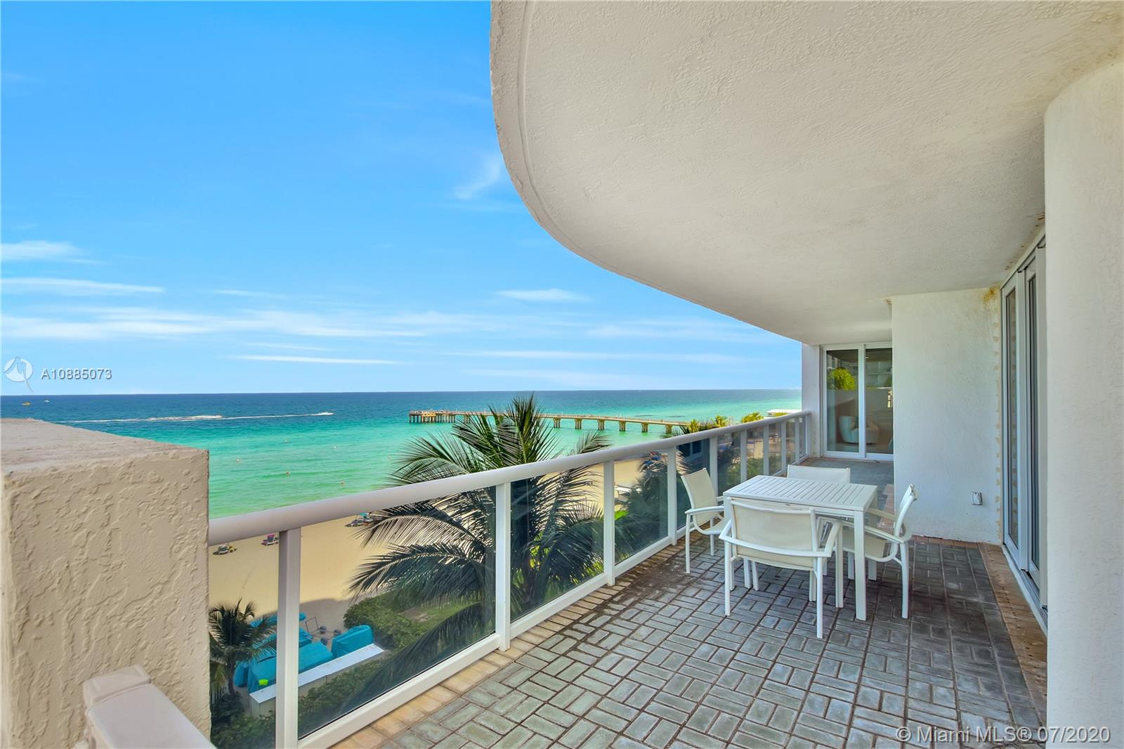 16711 Collins Ave #608 photo020
