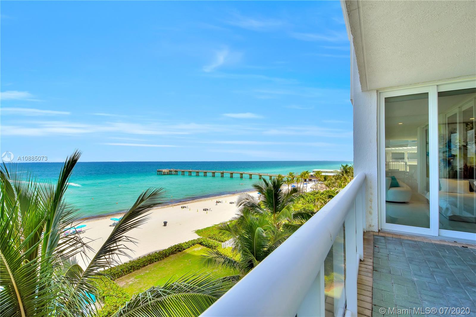 16711 Collins Ave #608 photo014