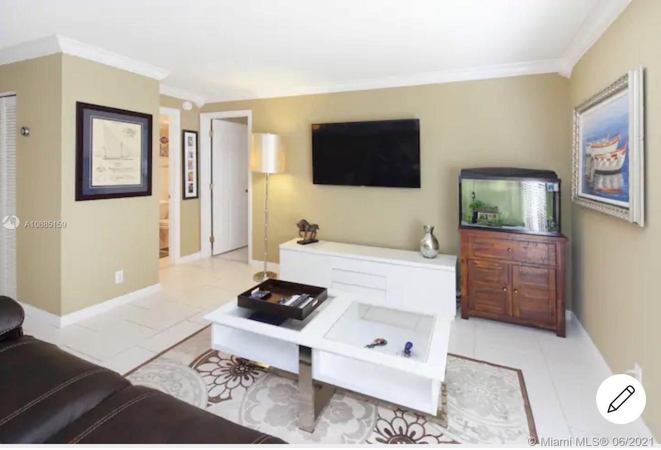 Ocean Front Plaza #320 - 2625 Collins Ave #320, Miami Beach, FL 33140
