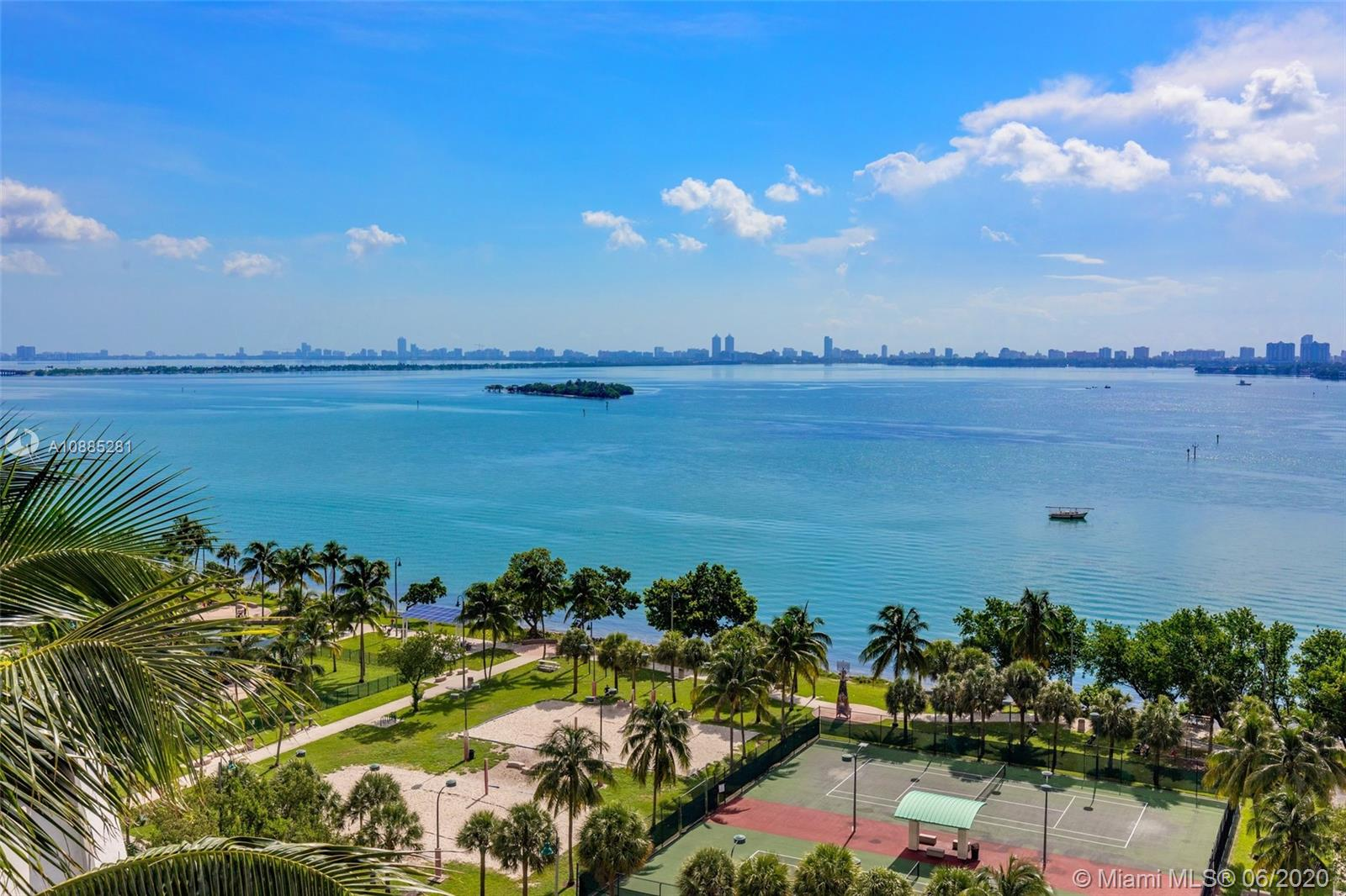 Photo of 1750 N Bayshore Dr #1402 listing for Sale