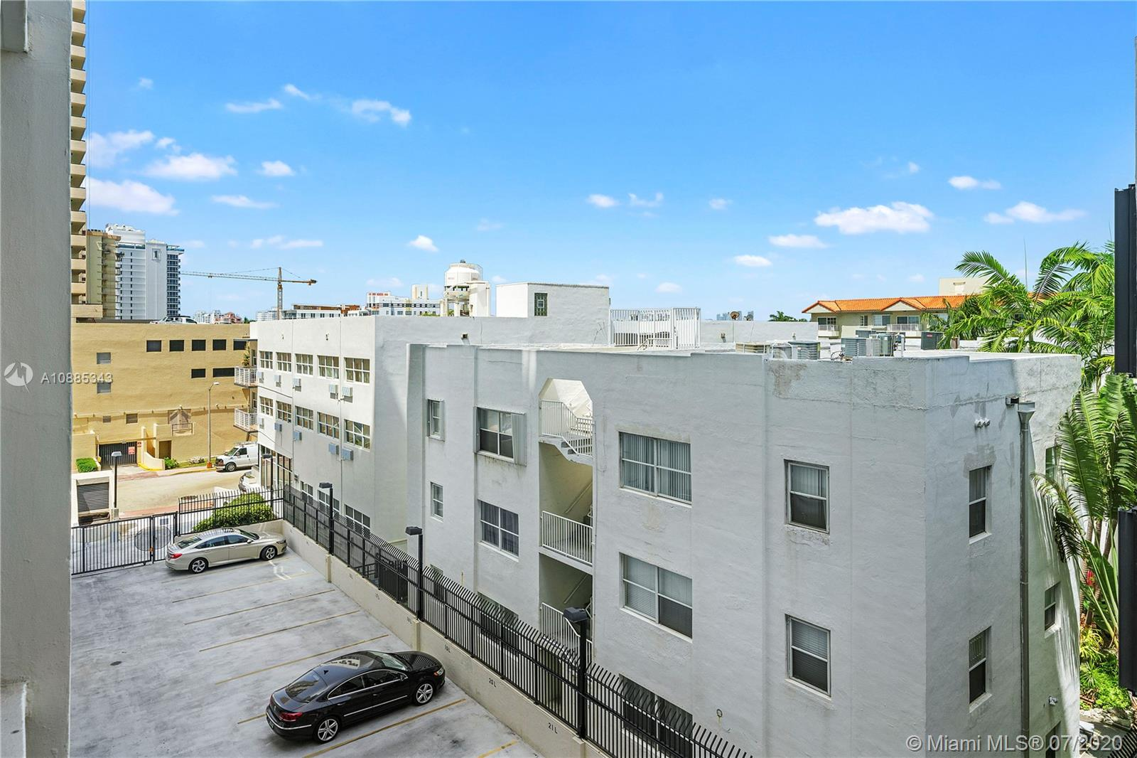 2625 Collins Ave #408 photo016